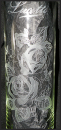 Roses + inscriptions sur vase 36 cm 1